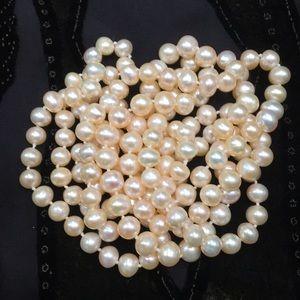 Jewelry - 🆕Genuine Pearls